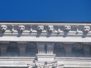 Palazzo Farnese - façade over the Tiber